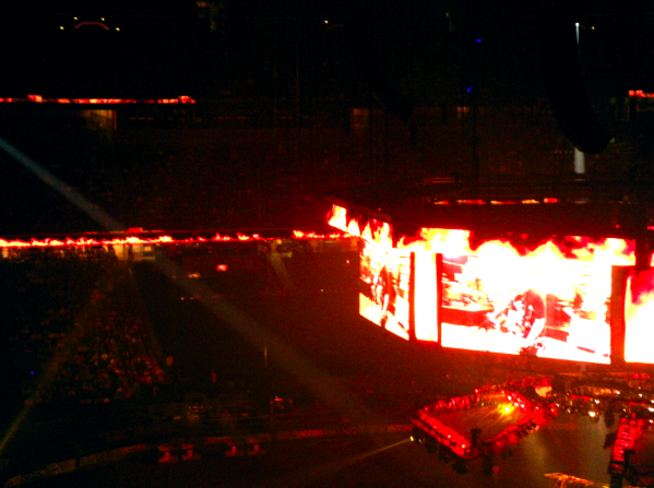 reliant stage fire